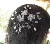 Ozdoba do vlasov z brúsených kvapiek,