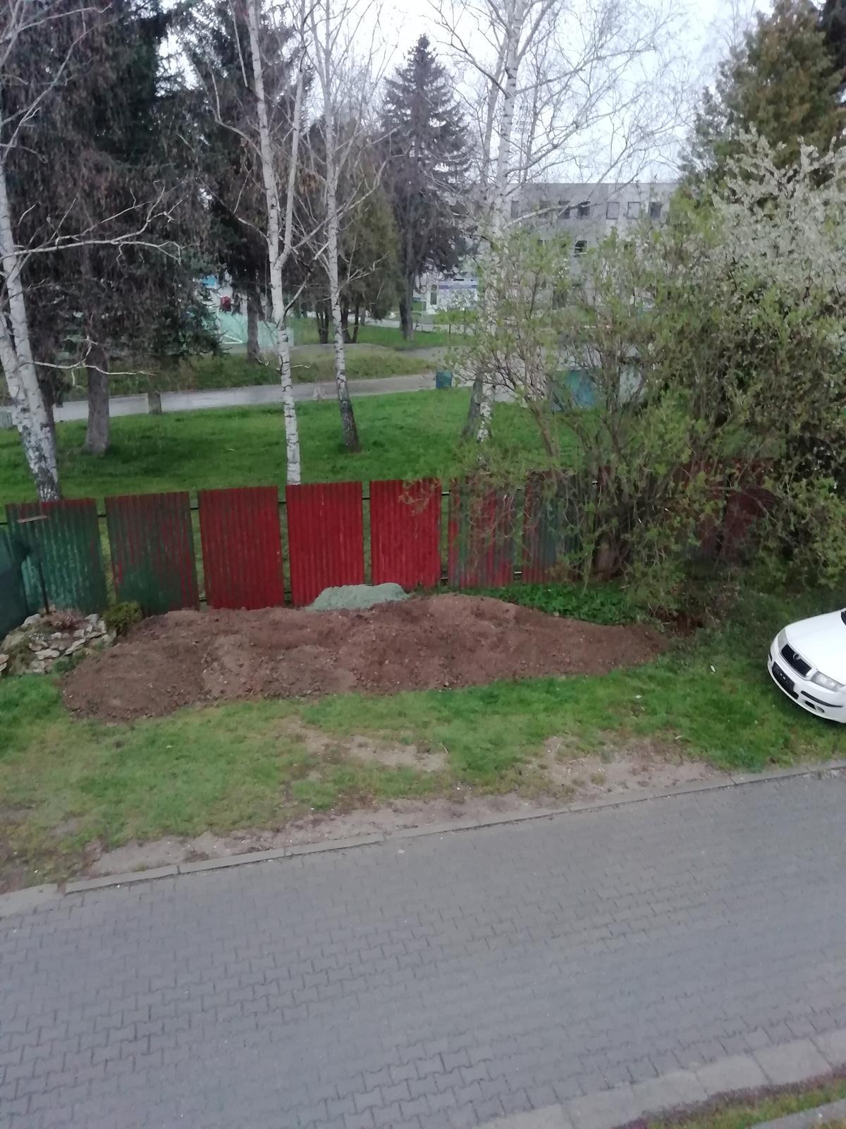Darujem zeminu - Obrázok č. 1