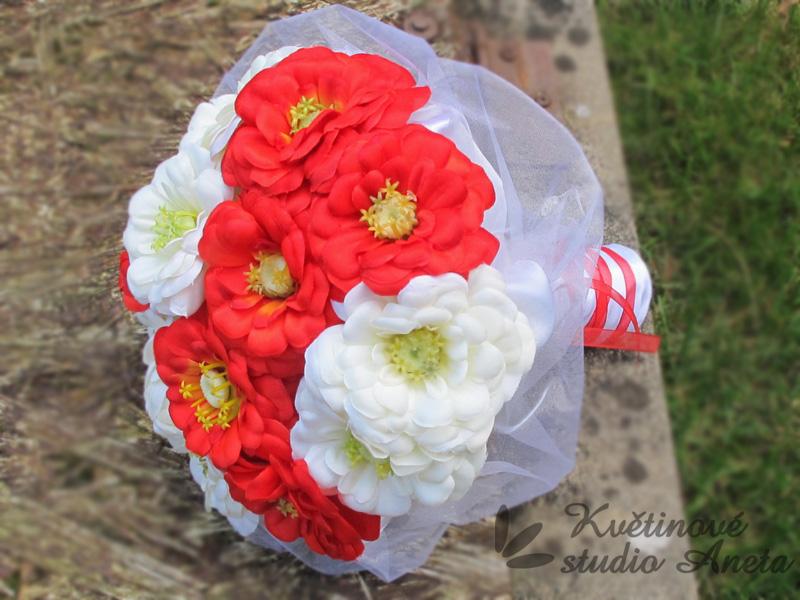 Trendy svatební kytice které vydrží! - Obrázek č. 28
