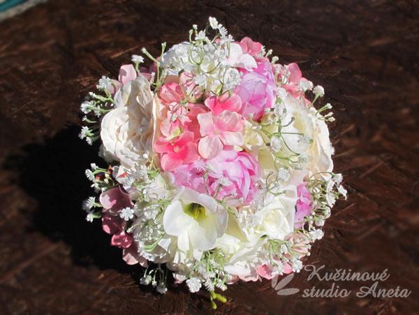 Trendy svatební kytice které vydrží! - Obrázek č. 2