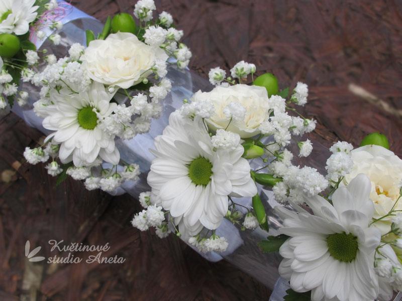 Květinové náramky pro družičky, svědkyně... - Obrázek č. 10