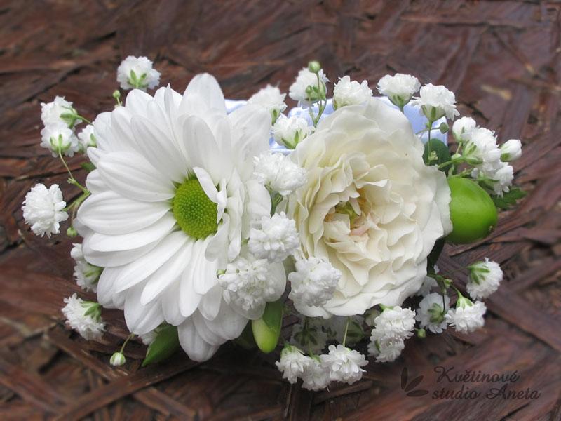 Květinové náramky pro družičky, svědkyně... - Obrázek č. 9