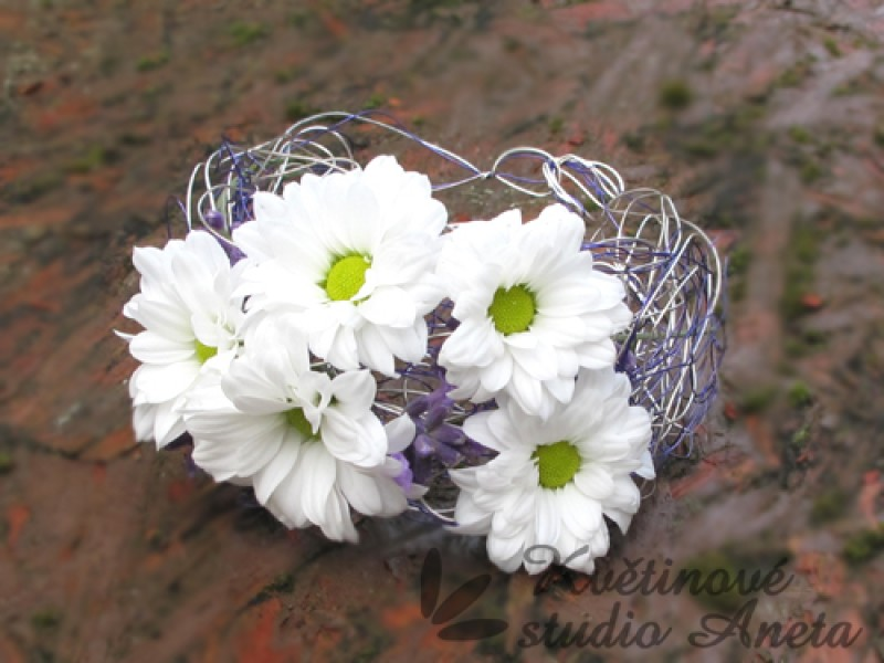 Květinové náramky pro družičky, svědkyně... - Obrázek č. 8