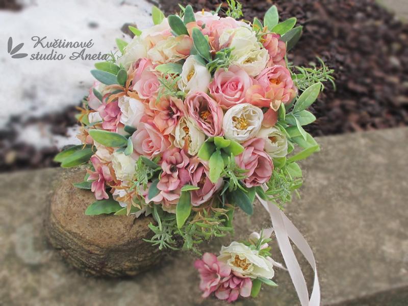 Trendy svatební kytice které vydrží! - Obrázek č. 34