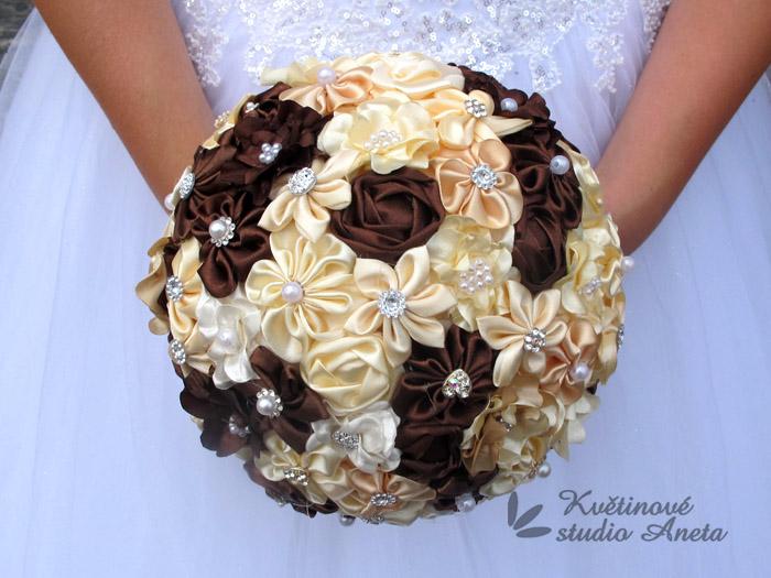 Trendy svatební kytice které vydrží! - Obrázek č. 39