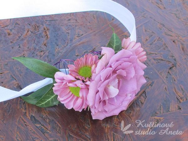 Květinové náramky pro družičky, svědkyně... - Obrázek č. 12