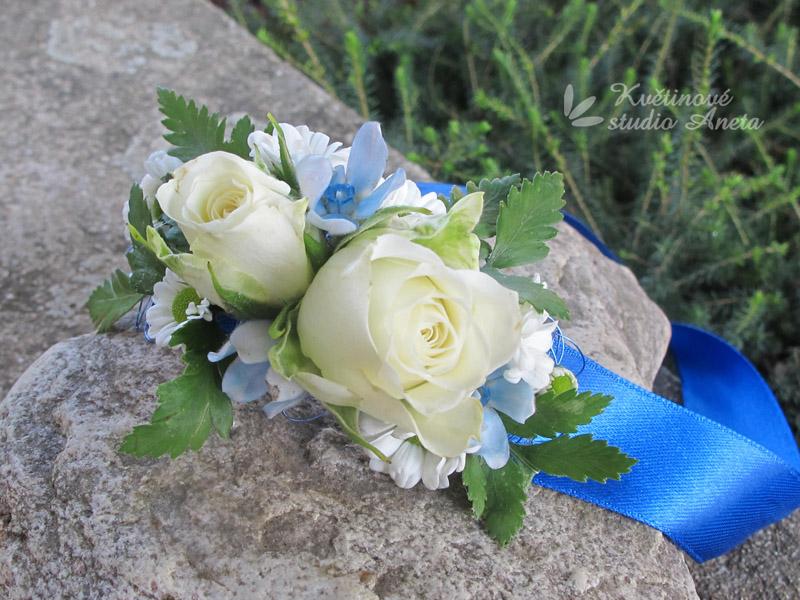 Květinové náramky pro družičky, svědkyně... - Obrázek č. 14