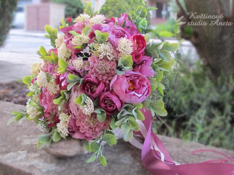 Trendy svatební kytice které vydrží! - Obrázek č. 45
