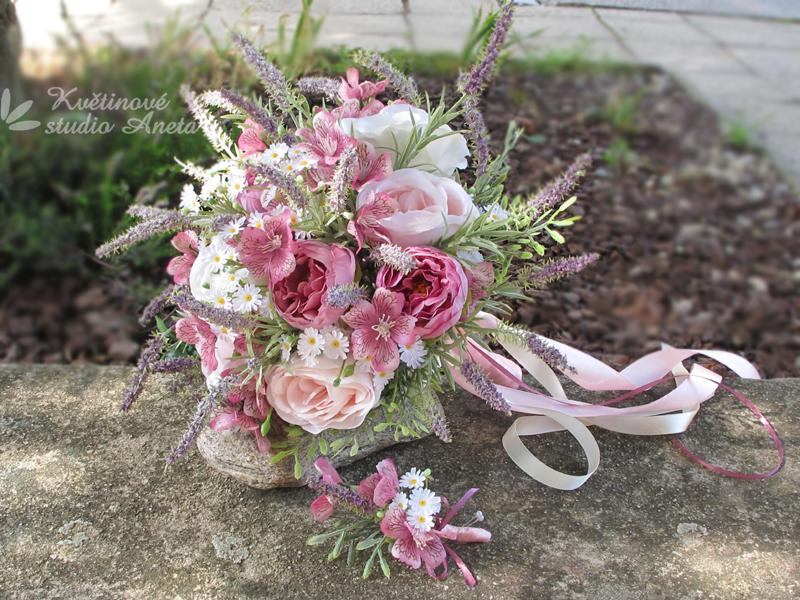 Trendy svatební kytice které vydrží! - Obrázek č. 46