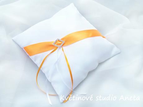 Polštářek na snubní prstýnky oranžový - Obrázek č. 1