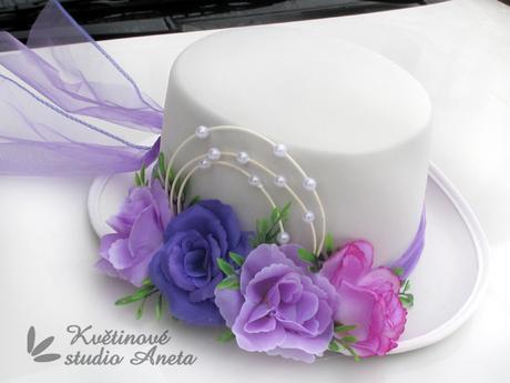 Cylindr na svatební vůz bílo fialový - Obrázek č. 1