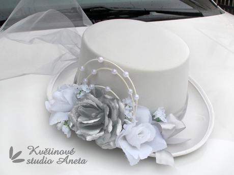 Cylindr na svatební vůz bílo stříbrný - Obrázek č. 1