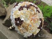 Saténové svatební kytice s korsáží,