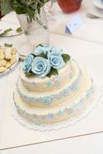a hlavní dortík