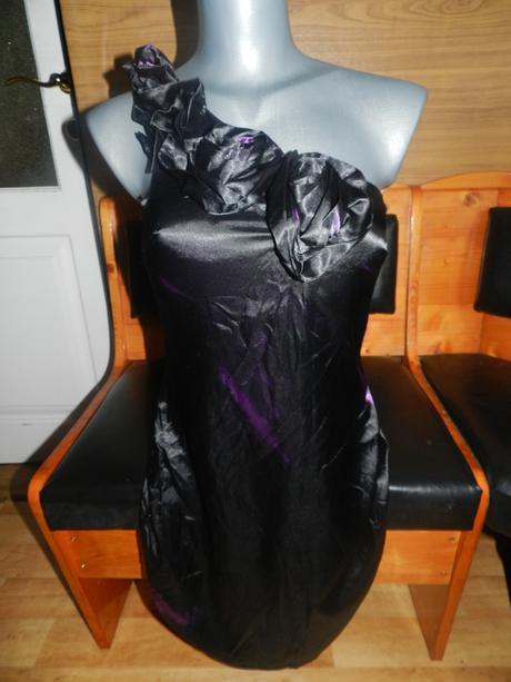Čierno-fialové šatičky - Obrázok č. 1