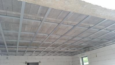 strop - garaz