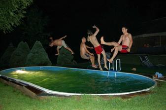 a popolnocna zabava:-)
