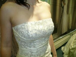 šaty č.8 - Octubre