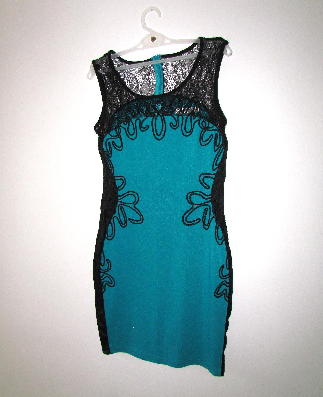Krajkové tyrkysové bodycon šaty  - Obrázek č. 1