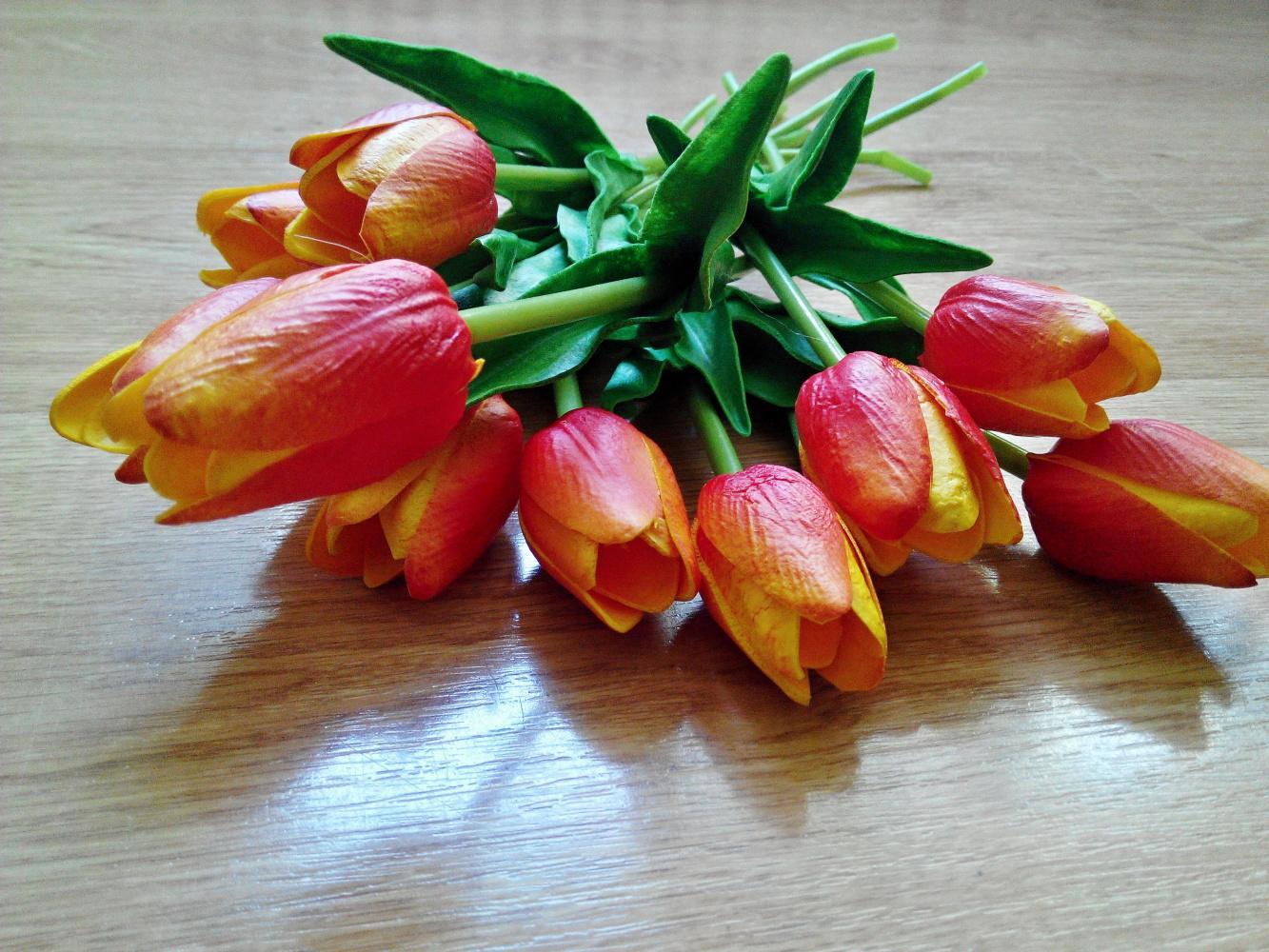 Umělé tulipánky - Obrázek č. 1