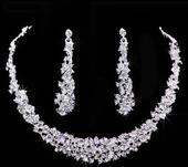Svatební set náhrdelník s čelenkou,
