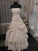 jiné šaty, 38