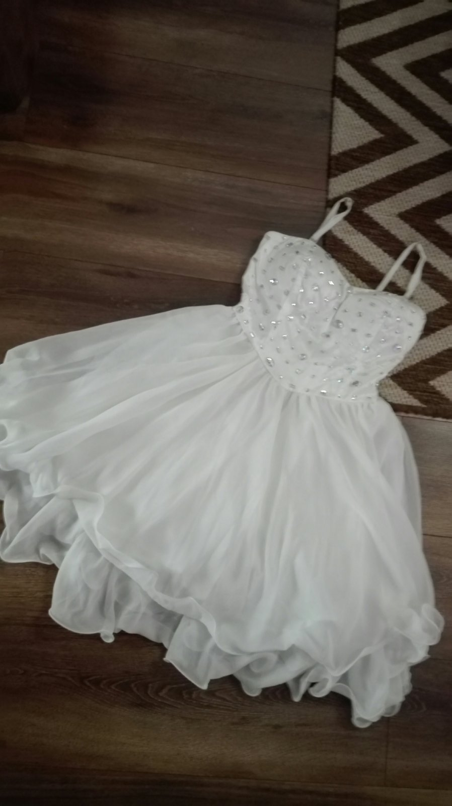 biele šaty - Obrázok č. 1