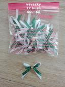 Smaragdové vývazky 22 kusů,