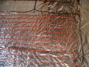 podlahové topení před zalitím