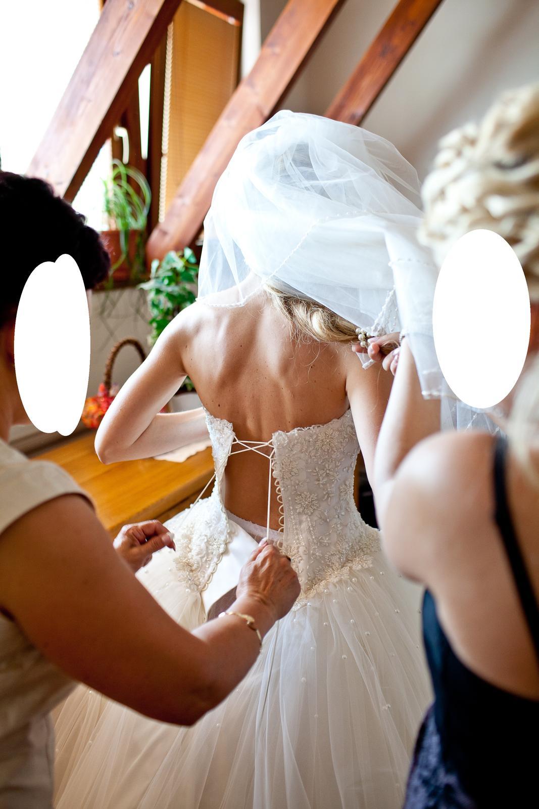Nadherne svadobne saty (cely set) - Obrázok č. 2