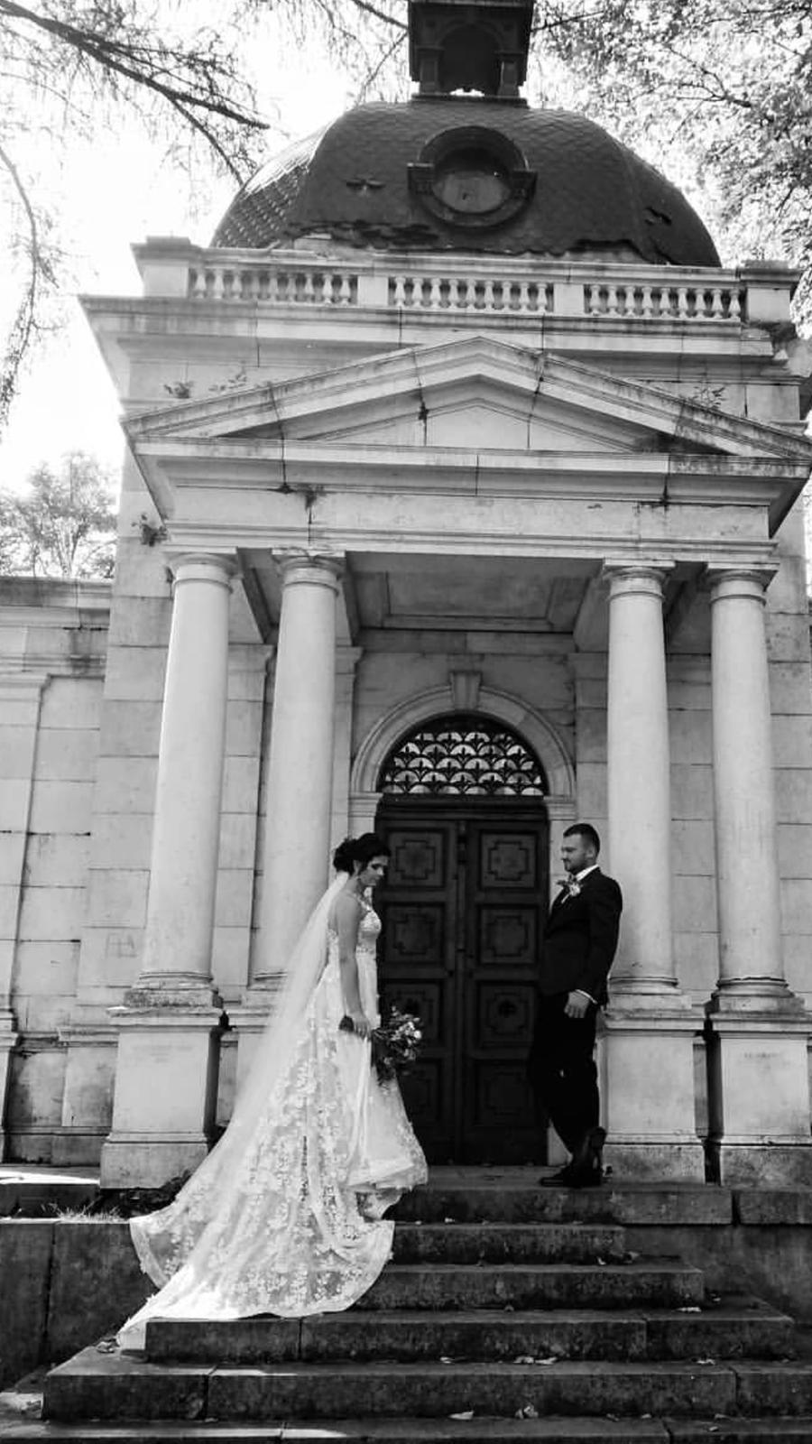 Naše svadobné foto :) zatial len tak z mobilu :D - Obrázok č. 2