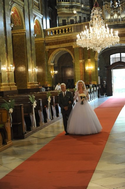 Ivana Kleinova{{_AND_}}Rolland-Levente David - krstny otec ma viedol k oltaru...