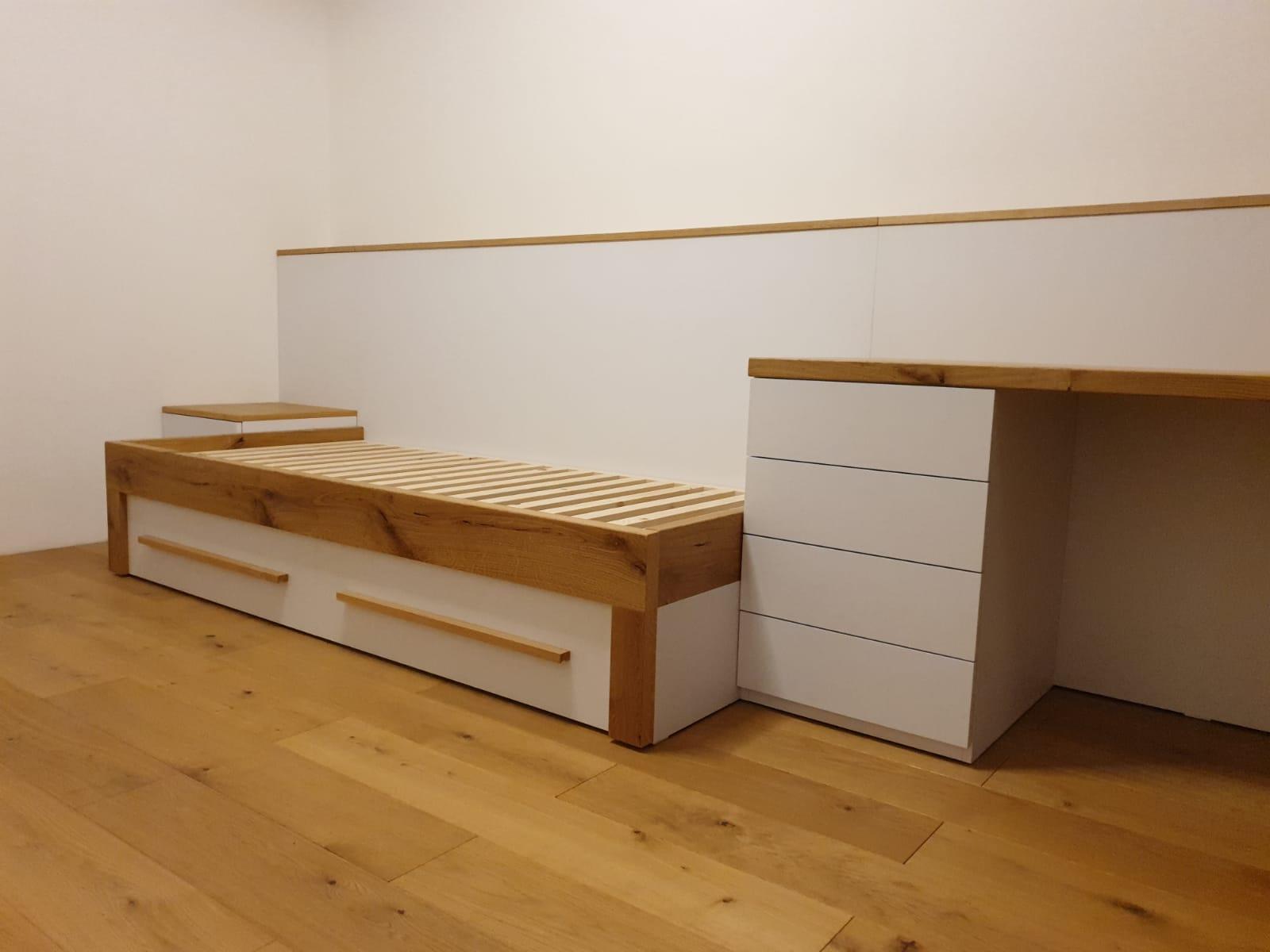 Zariadujeme nas domov pri Dunaji - Celo za postelou ako ulozny priestor pre druhy matrac