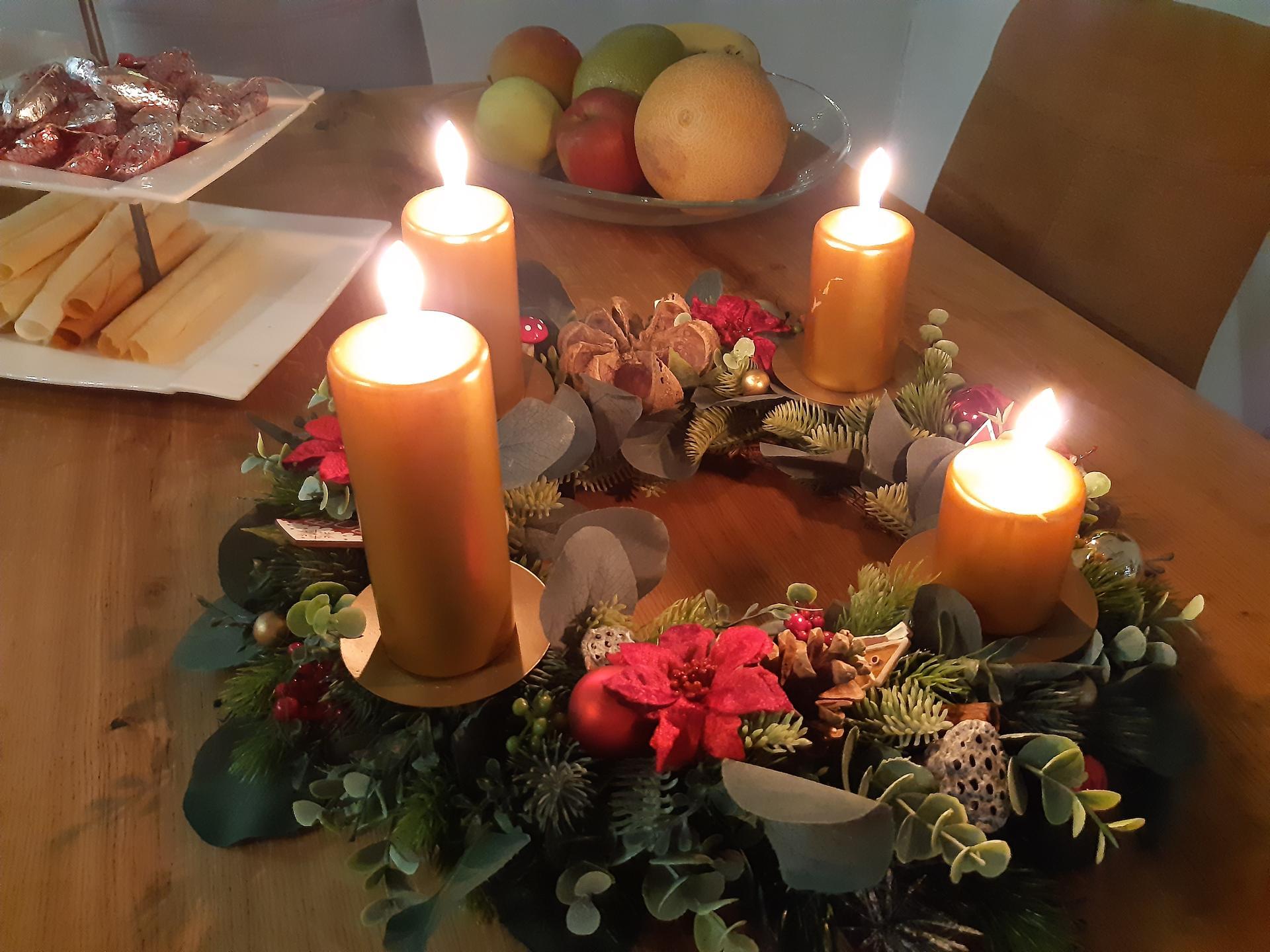 Zariadujeme nas domov pri Dunaji - Prve Vianoce v dome