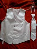 Svatební vesta s kravatou, 58