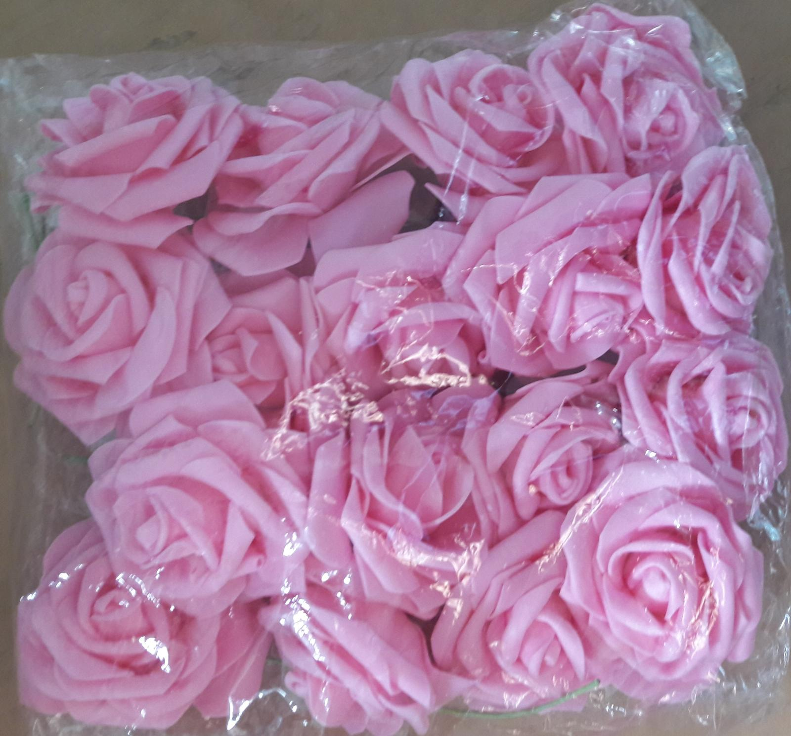 Svadobné ružičky umelé - Obrázok č. 1