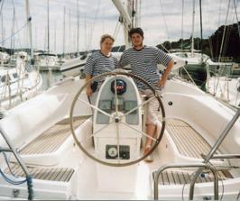 Kurz jachtingu 2005 (zrovna mě miláček něčím naštval, tak se tam mračím;o))