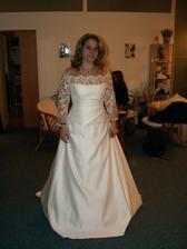 Svatba snů 3 ... ty rukávy jsou moc široké a dlouhé