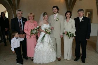 ... s rodičema a mým synovcem, který nesmí nikde chybět a hlavně se nehne od dědy! ;o)