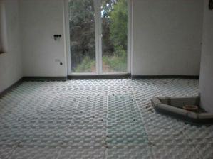 červen podlah. topení + podlahy anhydrit