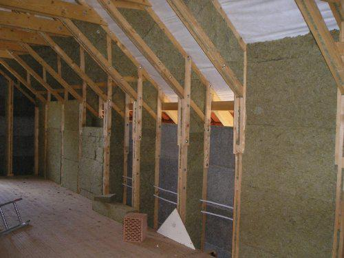 Energeticky pasívna drevostavba svojpomocou - vlna v podkroví