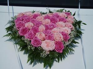 kvetiny na auto