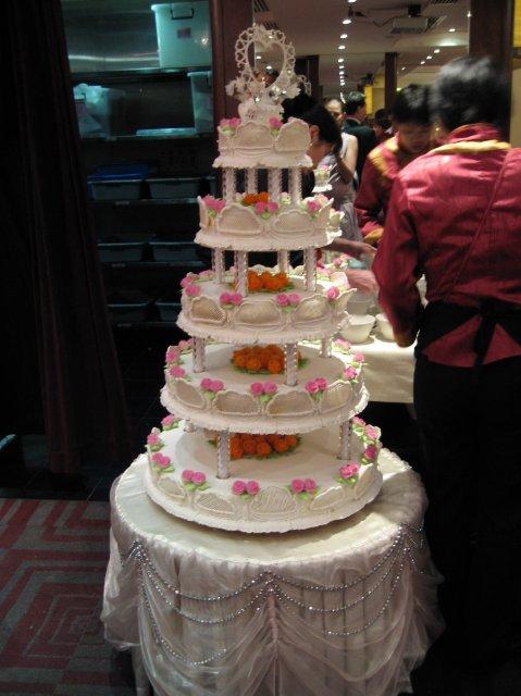 HONG KONG SVATBA (ocima ladidy..;-) - Svatebni dort