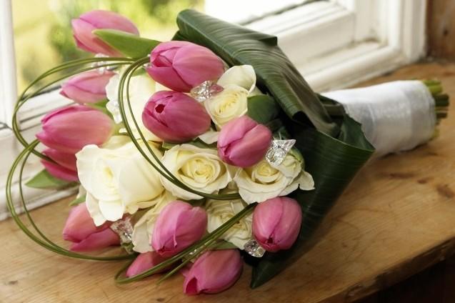 Svadobna kytica z tulipánov - Obrázok č. 2
