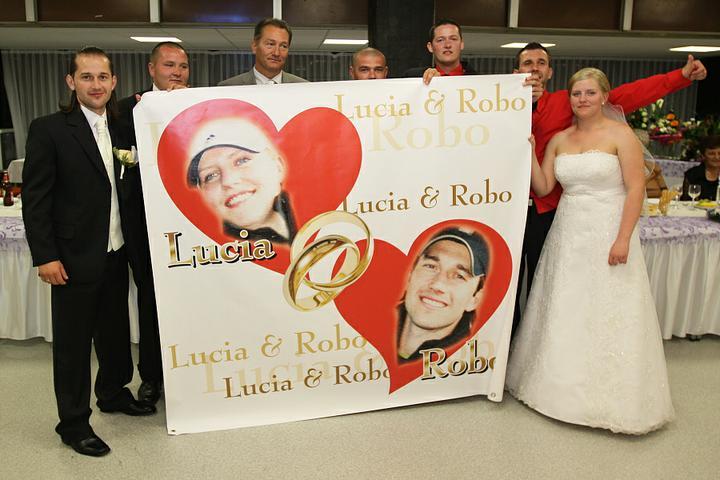 "Lucia Chlupová{{_AND_}}Róbert Bosák - náš krásny plagát, ďakujeme ""rekosákom"""