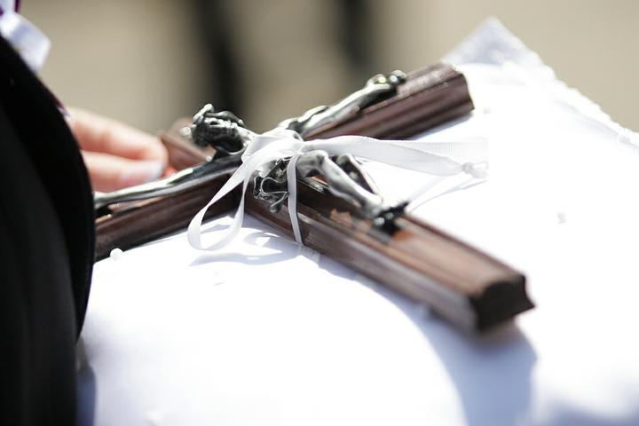 Lucia Chlupová{{_AND_}}Róbert Bosák - náš krížik, na ktorý sme si prisahali lásku...
