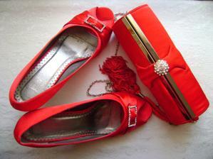 botičky s kabelkou