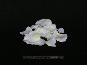Doobjednala som si aj biele lupene