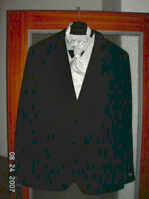 Čo už mám a akétaké predstavy - spolu s oblekom