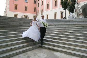 Paní fotografka nám řekla: vykročte stejnou nohou :-)
